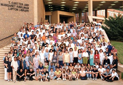 Participanții la conferință